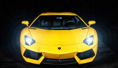 Lamborghini UGR fires up at the speed of 402 km/h