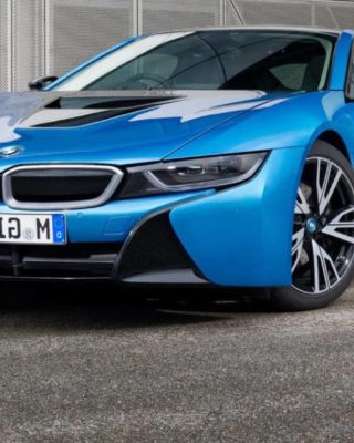 BMW i8 releases 2017 version, sold out in 2 days